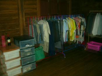 nichts richtiges zum anziehen probleme mit dem kleiderschrank modekiez. Black Bedroom Furniture Sets. Home Design Ideas